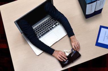 Sentencia: Compras online peligrosas. Abogado Valencia